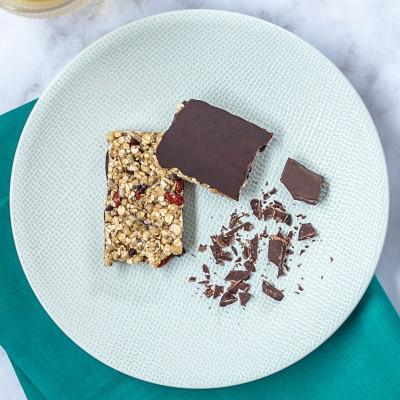 Lot de 4 barres granola pépites de chocolat et baie de goji