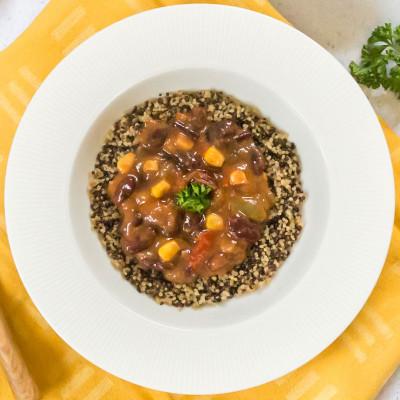 Trio végétarien de quinoa aux haricots rouges et poivrons